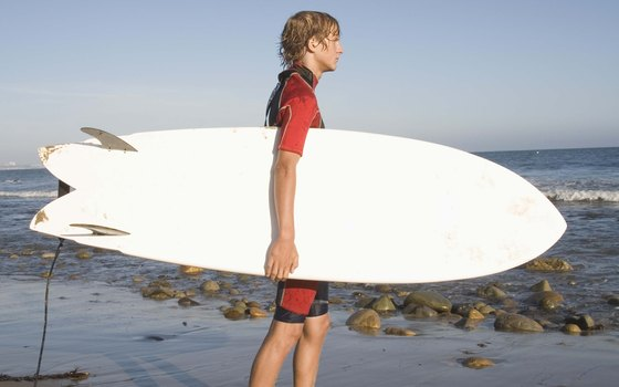 You can rent surfboards and boogie boards at Ogunquit Beach.