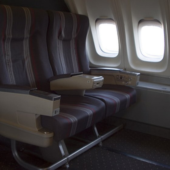 There are numerous ways people can get free upgrades to first class during a flight.