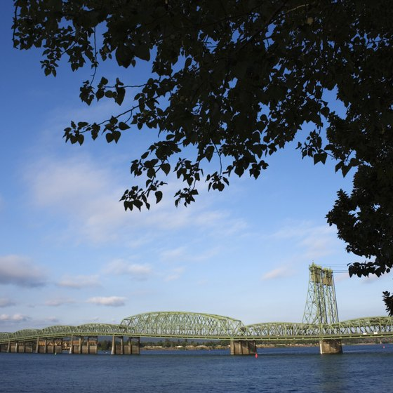 Portland, Oregon's biggest city, lies at the mouth of the Willamette River.