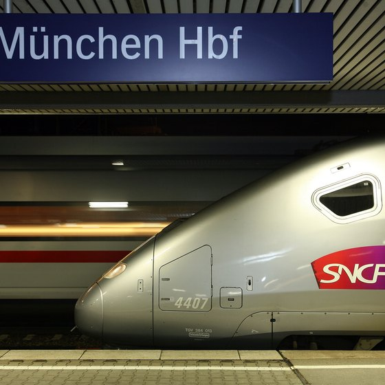 This TGV train is now departing Munich Hauptbahnhof.