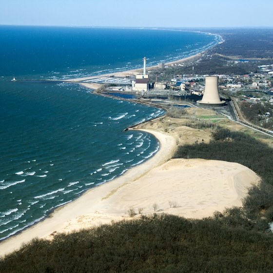 The Illinois shore of Lake Michigan brims with snorkeling opportunities.