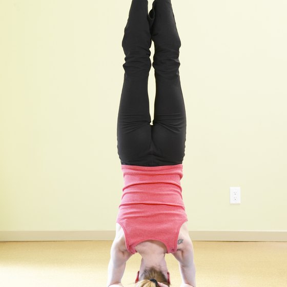 A strong serratus anterior will help keep your neck healthy in headstand.