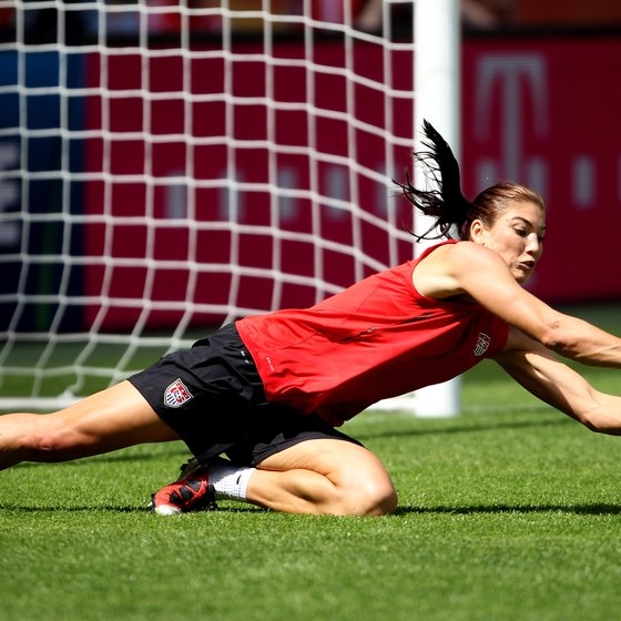 U.S. women's goalkeeper Hope Solo practices a diving save.