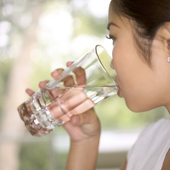 Even while doing a brief fast, it is important to stay hydrated with water.