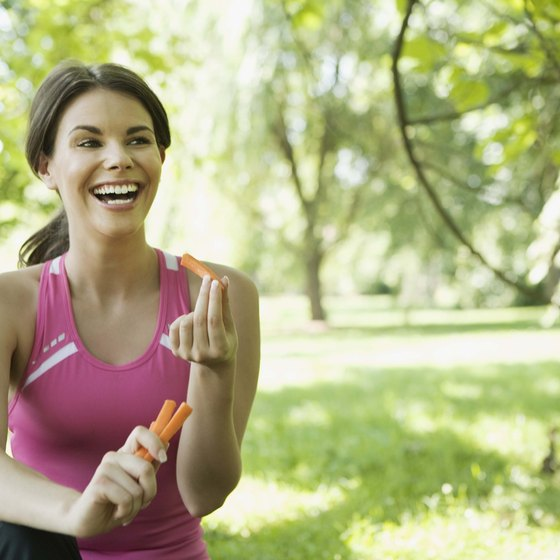 A snack on carrots can ward off hunger pangs.