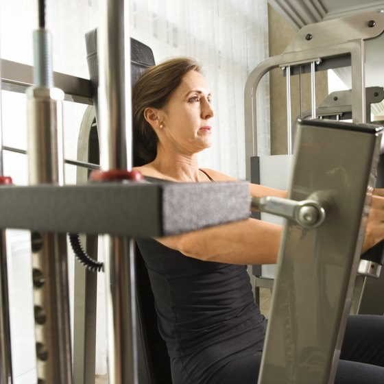 Weight machines support you so your abs can rest.