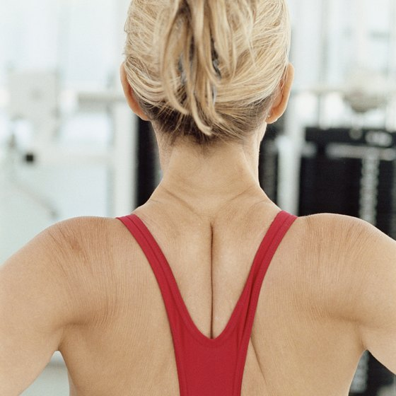 Exercise helps reduce the size of the shoulders.