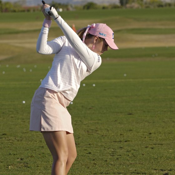 LPGA standout Paula Creamer's left knee is more flexed than her right during her backswing.