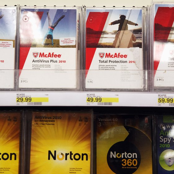 The installation disc in retail copies of Norton also doubles as a boot disc.