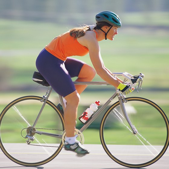 Cardio exercises such as cycling burn calories to burn fat quickly.