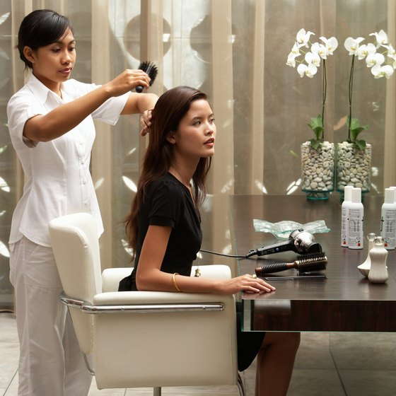 Hairdressers must often find health insurance on their own.