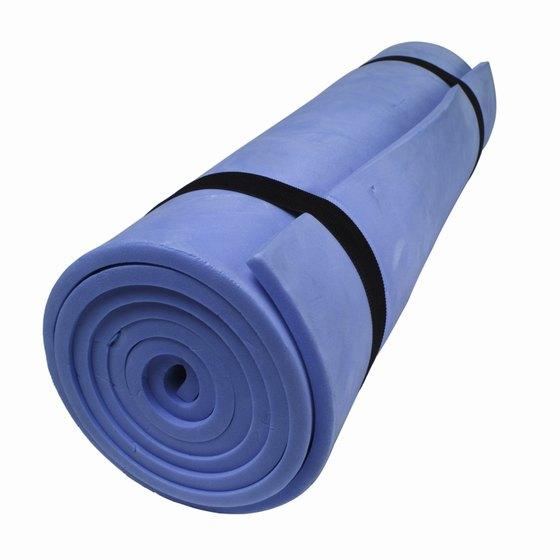 Use an exercise mat to make mountain climbers more comfortable.