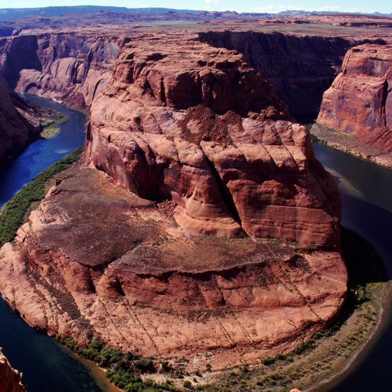 Your float trip will take you through the oft-photographed Horseshoe Bend.