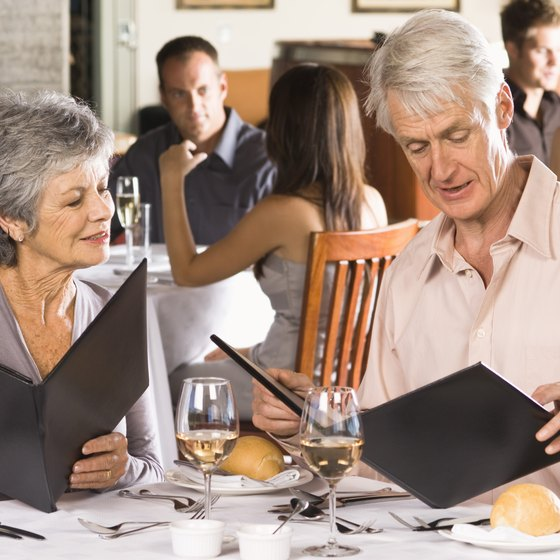 Restaurant themes usually focus either on the food or the dining experience.