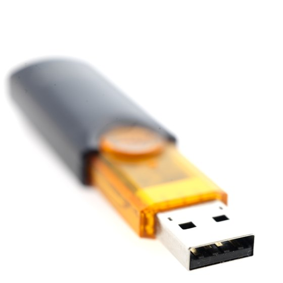Use Disk Management to access USB content in Windows 8.