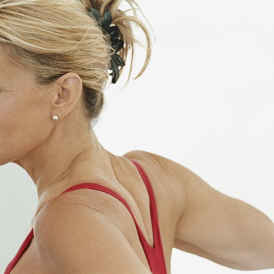Superset workouts can help women develop shapely shoulders.