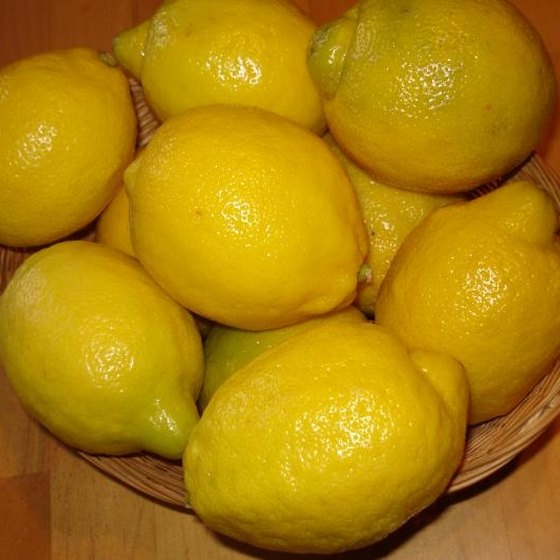 Lemons can help alleviate gas pains
