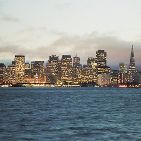 San Francisco, California offers a number of romantic hotels.