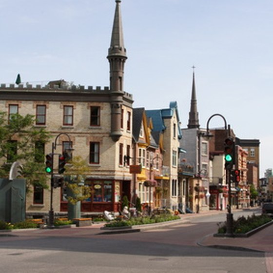The streets of Quebec City offer several attractions to the visitor.