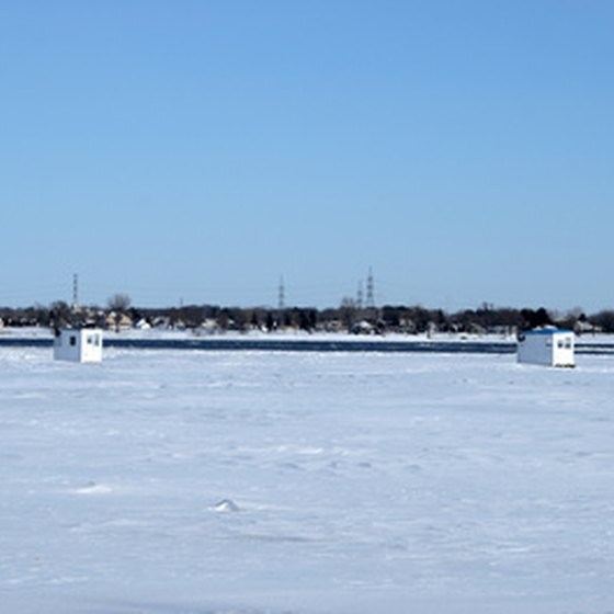 Tips for ice fishing in iowa usa today for Fishing in iowa