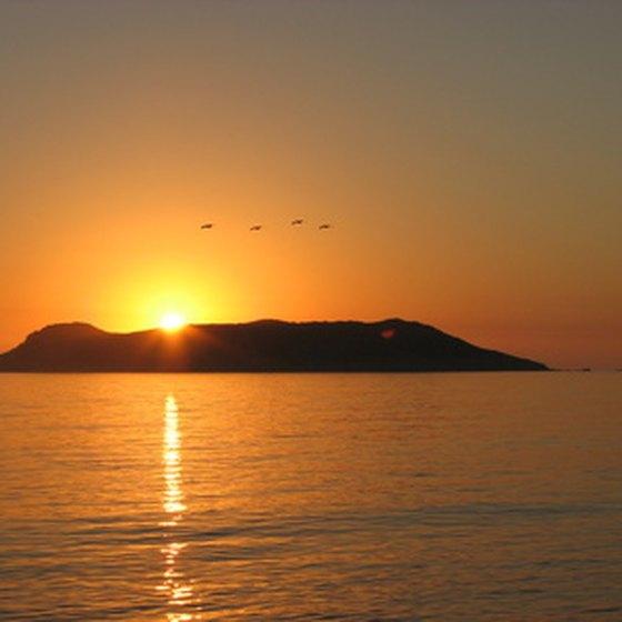 Watch the sunset at Sea of Cortez.