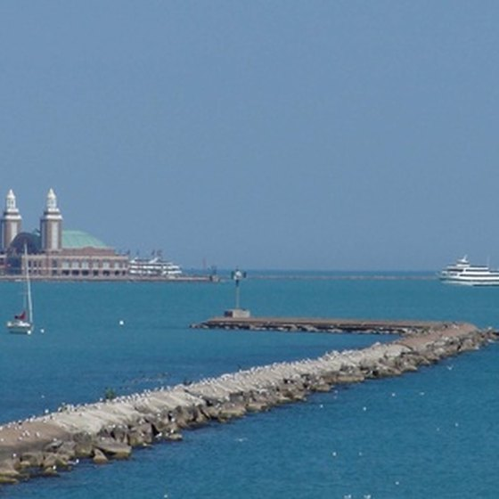 Navy Pier is just one of Chicago's many family-friendly attractions.