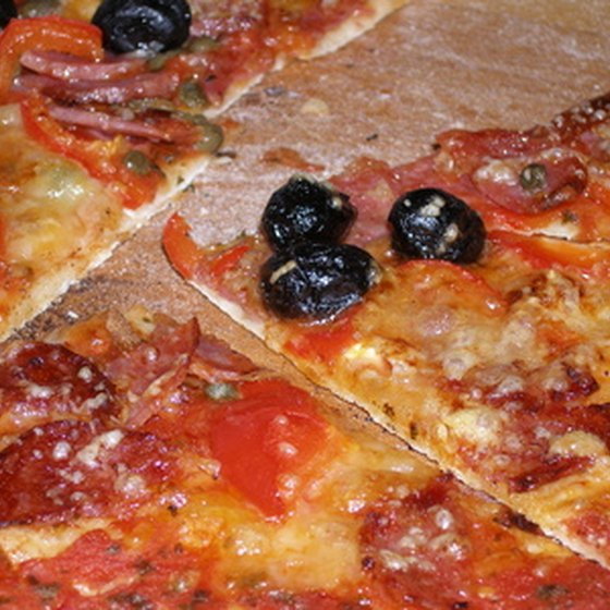 Some of the best thin-crust pizzerias are in Edgewater.