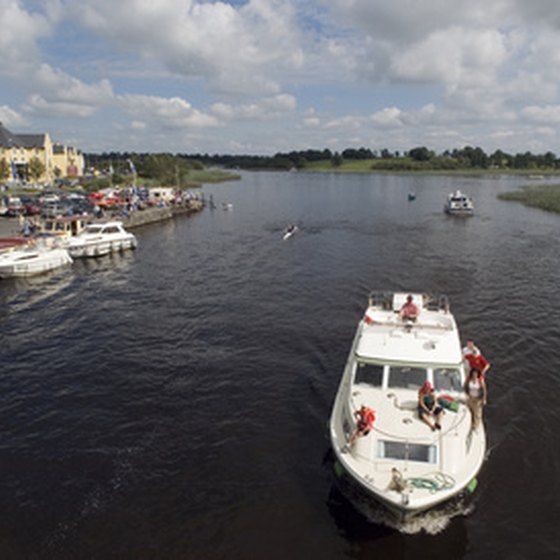 The River Shannon is populated with boats and cruise vessels.