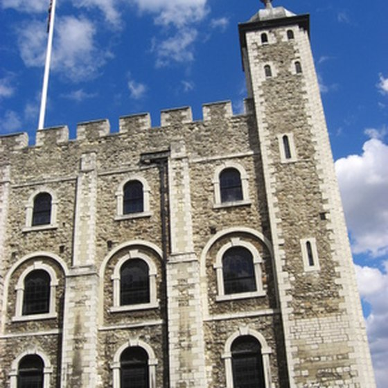 London's palaces are popular with American visitors.
