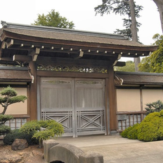 The Japanese Tea Garden is one of San Francisco's most famous gardens.