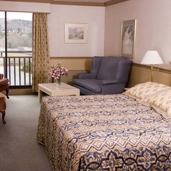 Stay at Harrison's family-friendly motels, and save money on traveling expenses.