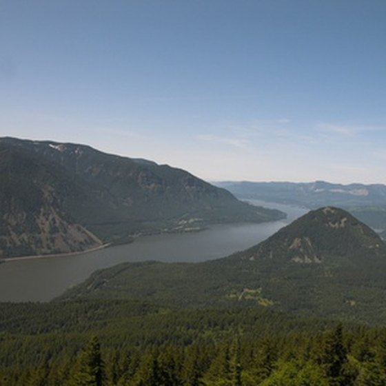 The Columbia River flows through a spectacular gorge in the Cascade Range.