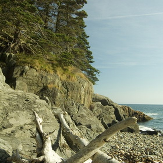 The rugged Maine coast provides scenery and outdoor sport opportunities for RV campers.