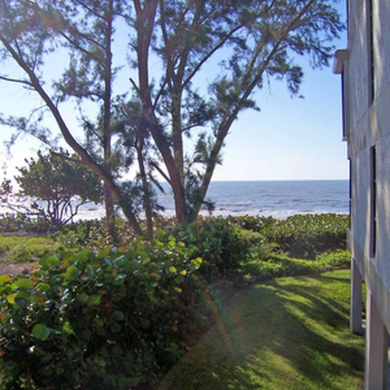 Enjoy the Gulf coast from one of Rockport's RV resort destinations.