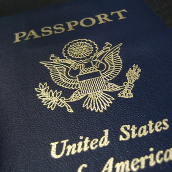 A US passport is an acceptable form of ID.
