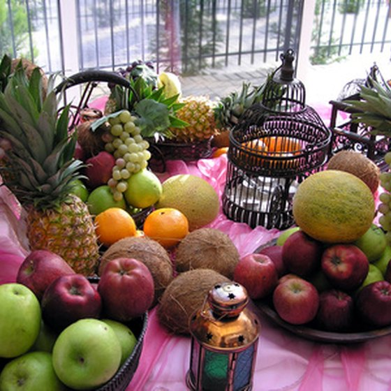 Hawaii offers a wide array of fresh tropical fruit to visitors.