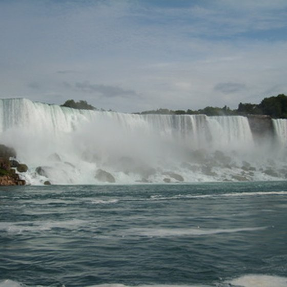Niagara Falls, Nw York, is a popular vacation and honeymoon destination.