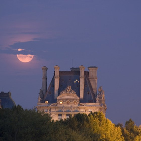 An affecting view of Paris at dusk.