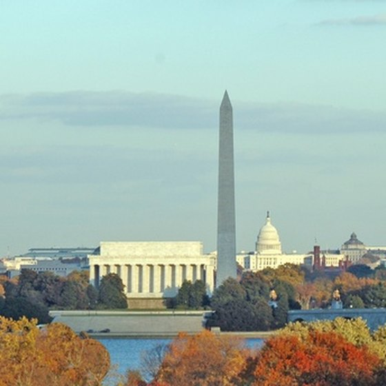 The Washington Monument and Lincoln Memorial are two of the most popular sights in Washington, D.C.