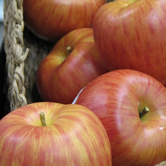 Pennsylvania celebrates apple harvests in the fall.