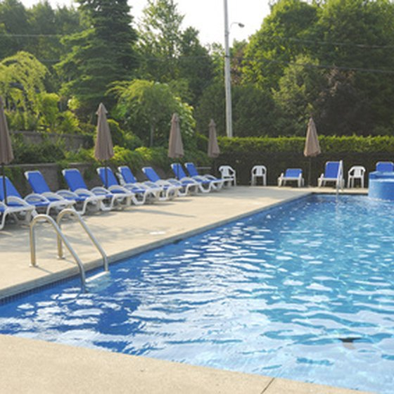 Numerous hotels near Carowinds offer outdoor swimming pools.