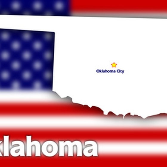 Oklahoma features open plains, prairies and small mountains ranges.