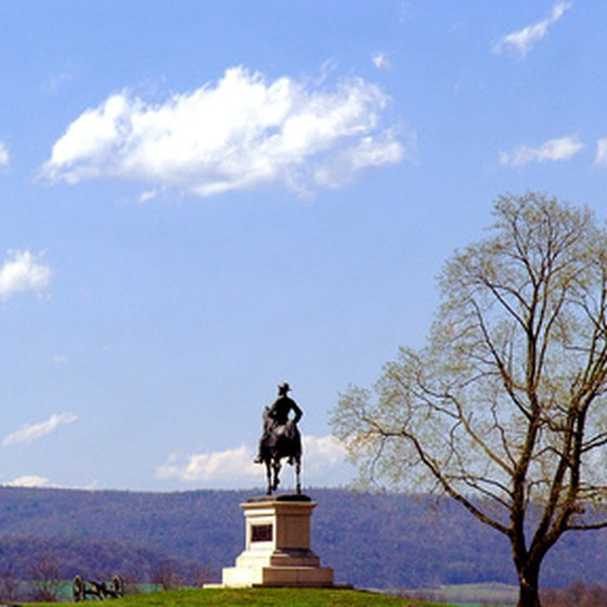 The Gettysburg battlefield features more than 1,300 monuments.