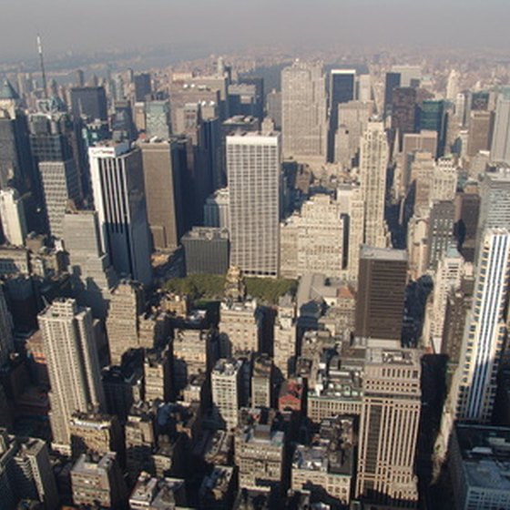 There are several hotels in midtown New York with suites.