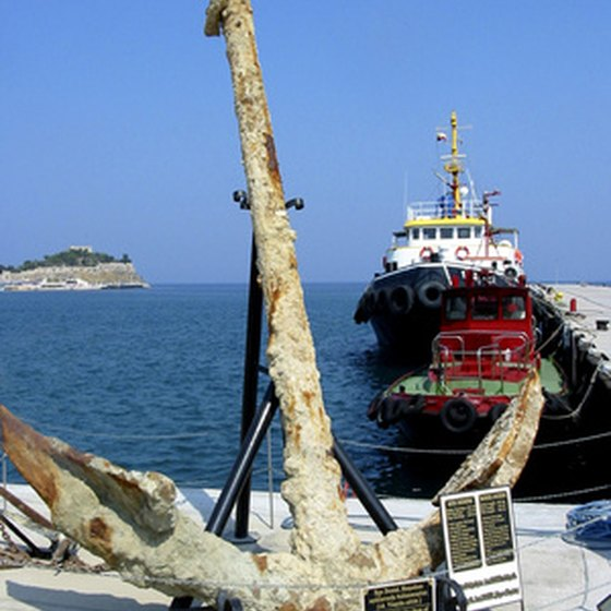 Çanakkale is home to fishing towns and ancient ruins.