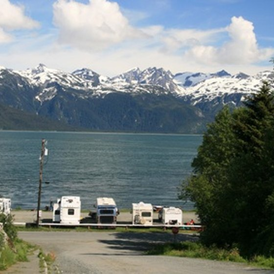 Many RV campgrounds feature lakeshore sites with full hook-ups.