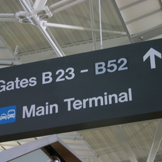 With a gate pass, you can help your child navigate the busy airport.