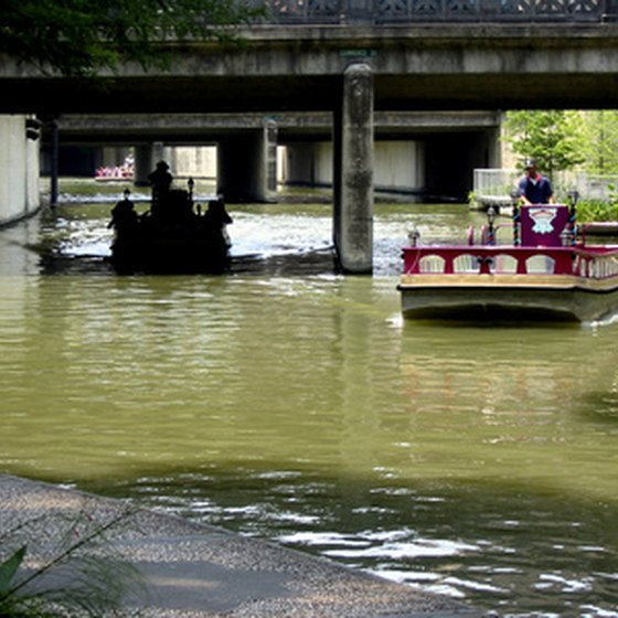 The San Antonio Riverwalk draws many vacationing families each year.