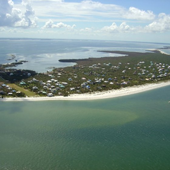 RV parks in Florida blend in with the natural environment.