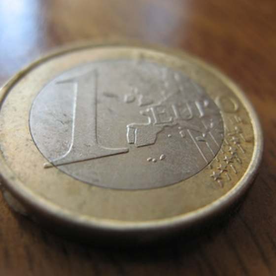 The euro is the common currency of the European Union.